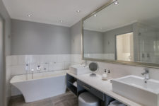 Relaxing bath in executive room